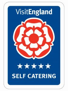 5 Star Self Catering Logo